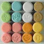 Bild (Ausschnitt): © Drug Enforcement Administration - Wikimedia Commons