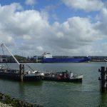 Hafen Rotterdam Etwa 25 bis 50 Prozent des nach Europa verschifften Kokains kommt im Hafen von Rotterdam an. | Bild (Ausschnitt): ©  Alpha.prim~commonswiki [Gemeinfrei]  - Wikimedia Commons