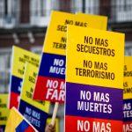 Demonstration gegen FARC  Bild (Ausschnitt): ©  Camilo Rueda López [CC BY-ND 2.0]  - flickr