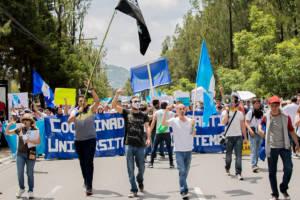 Studenten protestieren gegen Korruption in Guatemala
